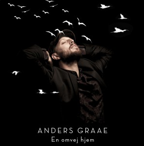 3Anders_graae_cover-1-crop